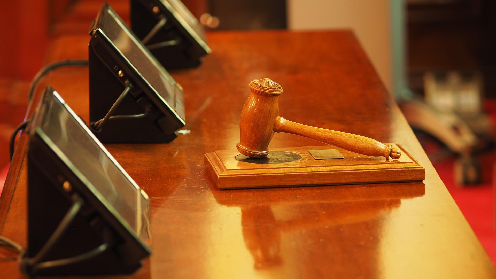 entra-en-vigor-a-lei-que-permite-as-persoas-discapacitadas-ser-xurado-popular-1920